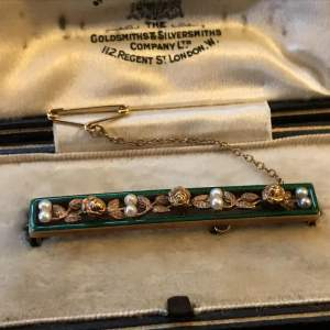 Circa 1905 15ct. Rose Gold Seed Pearl and Green Enamel Bar Brooch