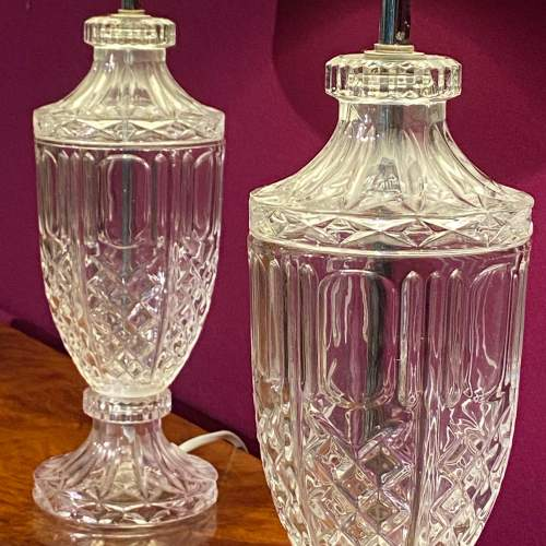 Decorative Pair of Glass Table Lamps image-3