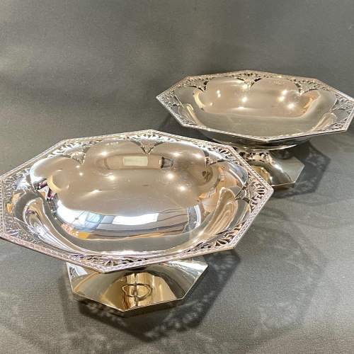 Art Deco Pair of Walker and Hall Silver Pedestal Dishes image-1