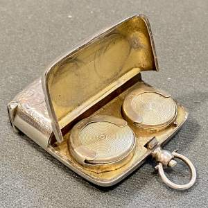 Unusual Edwardian Combination Vesta and Sovereign Case