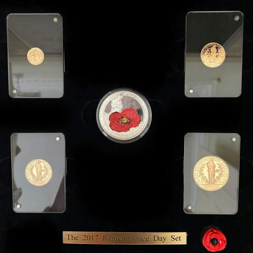 2017 Remembrance Day Gold Proof Coin Set image-2
