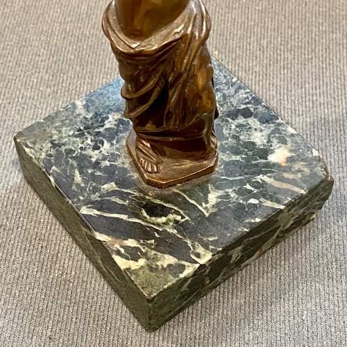 Small Bronze Venus de Milo After the Original Statue image-4
