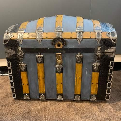 Victorian Decorative Steamer Trunk image-1