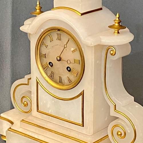 French White Marble Onyx Mantel Clock image-4