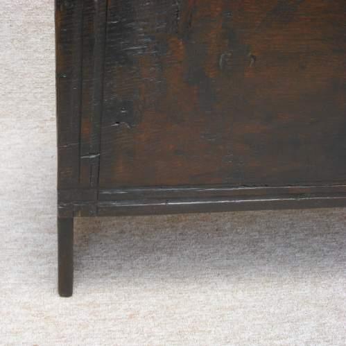 17th Century Six Plank Oak Chest image-6