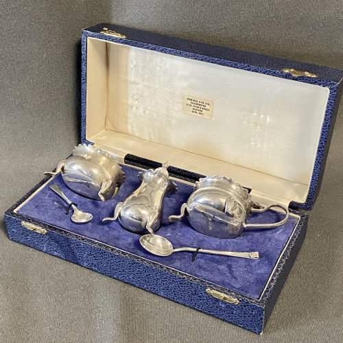 Cased Silver Cruet Set image-1