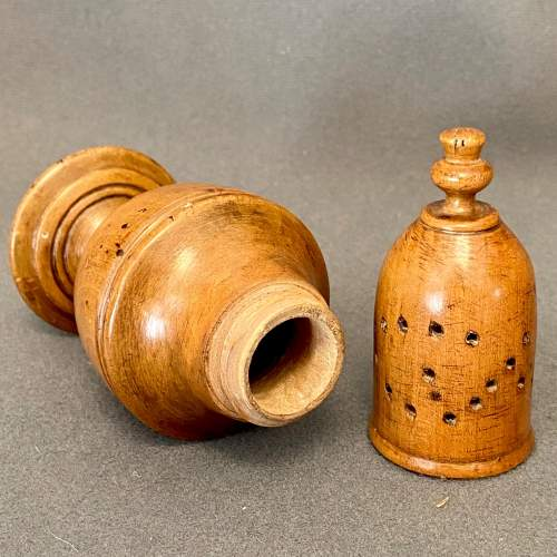 Late 18th Century Sycamore Spice Castor image-3