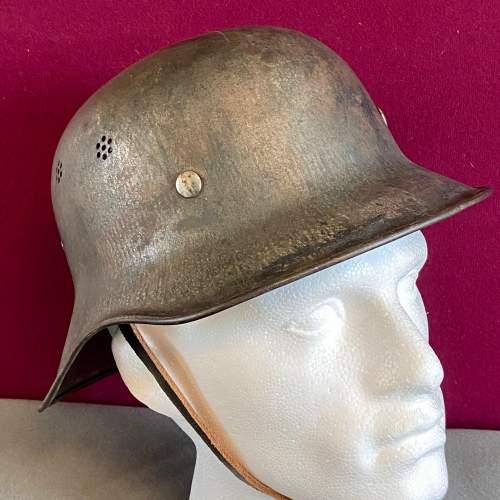 Original WWII German Helmet image-2
