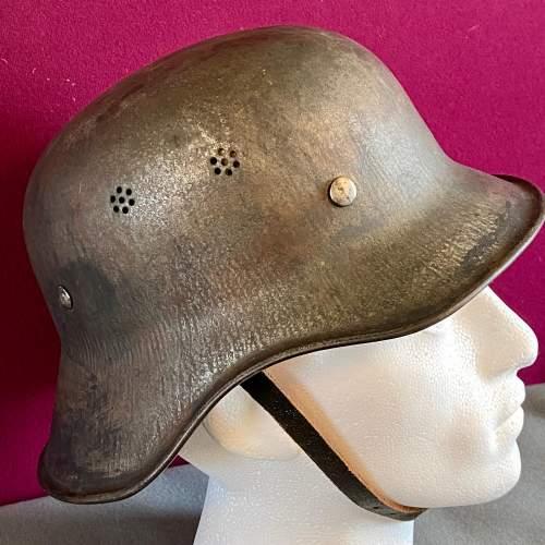 Original WWII German Helmet image-3