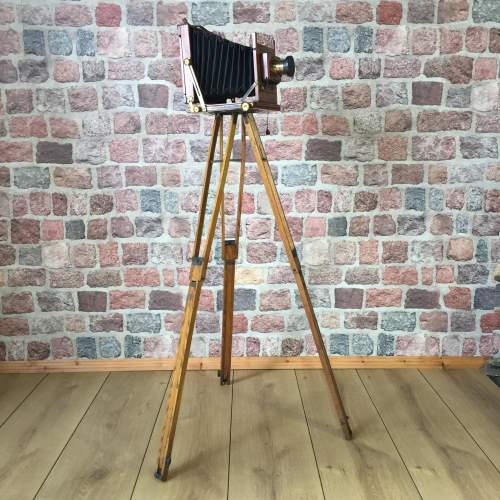 Thornton Pickard Victo Camera with Ash Folding Tripod image-3