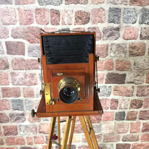 Thornton Pickard Victo Camera with Ash Folding Tripod image-1