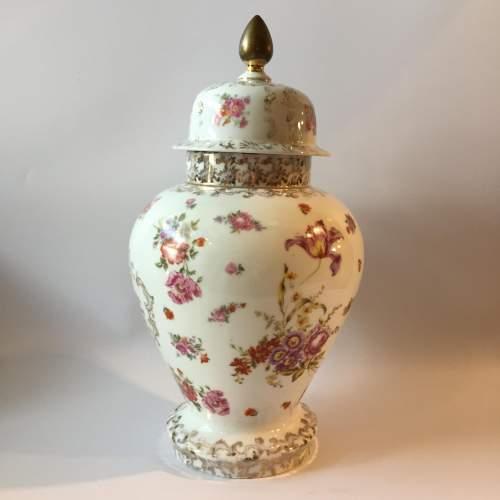 Dresden Coburg Ginger Jar Circa 1880 image-3
