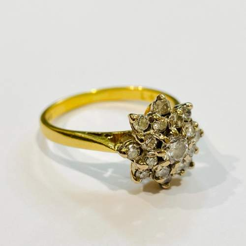 Vintage 18ct Gold Diamond Cluster Ring image-1