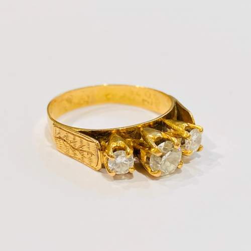 Vintage 18ct Gold Three Stone Diamond Ring image-1