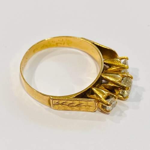 Vintage 18ct Gold Three Stone Diamond Ring image-2