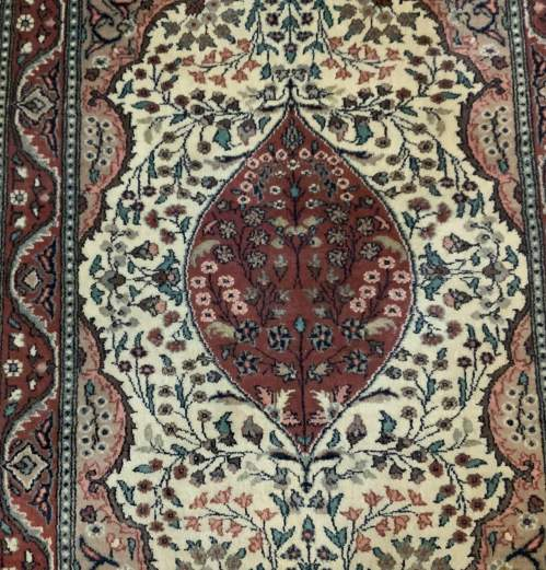 Superb Quality Hand Knotted Pakistan Rug Very High Knott Count image-2