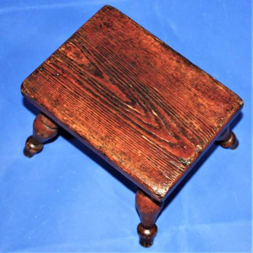 Country Made Stool with Turned Legs image-3