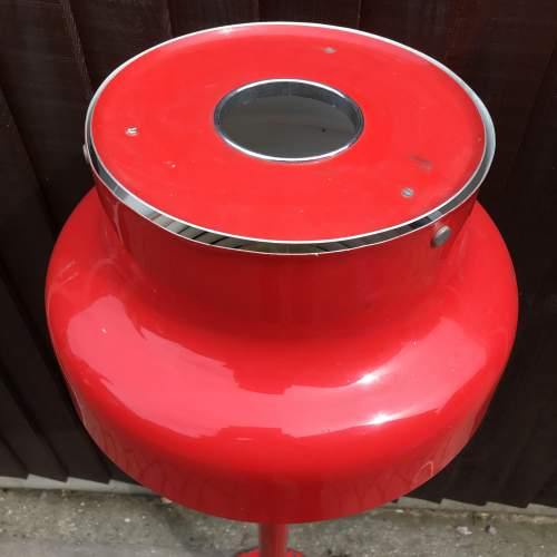 Red Enamel Bumling Standard Lamp by Anders Pehrson Circa 1965 image-4