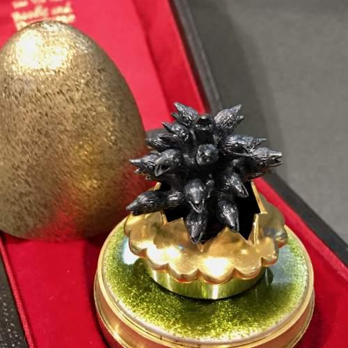 Stuart Devlin Gilt Surprise Egg Four and Twenty Blackbirds image-2