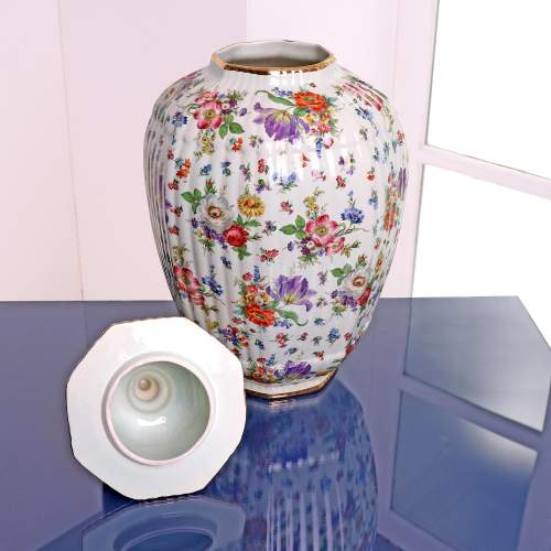 Fluted Octagonal Ginger Jar and Cover with Chintz Floral Decoration image-2