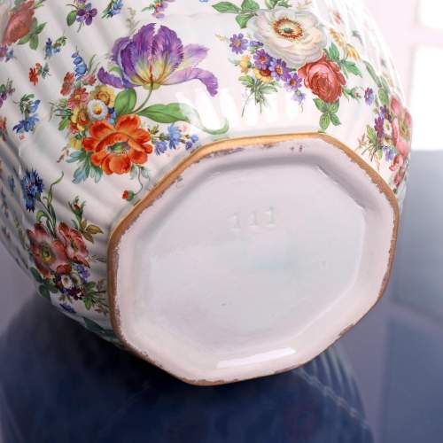Fluted Octagonal Ginger Jar and Cover with Chintz Floral Decoration image-3