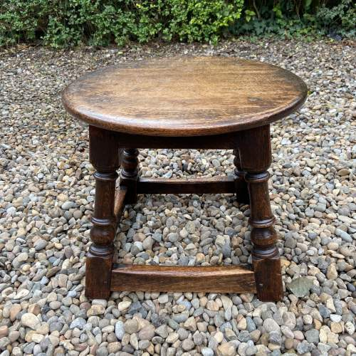 Small Oak Peg Jointed Coffee Table image-3