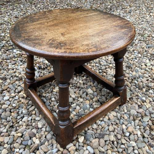 Small Oak Peg Jointed Coffee Table image-4