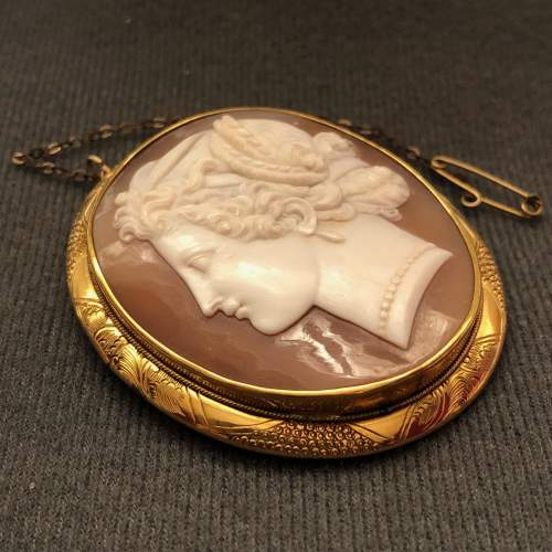 19th Century Classical Style Shell Cameo Brooch image-3