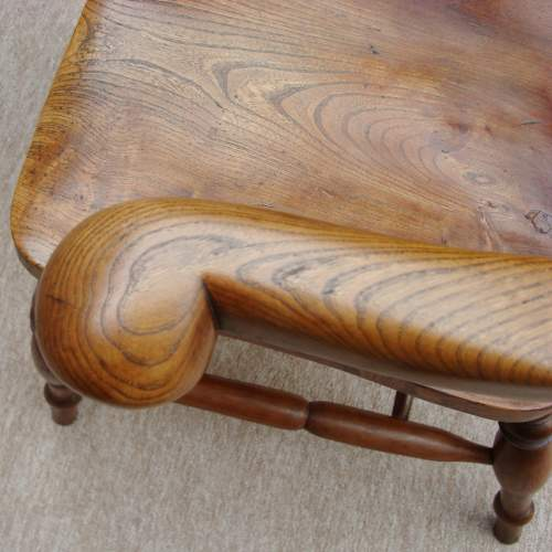 19th Century Windsor Bow Back Chair image-5