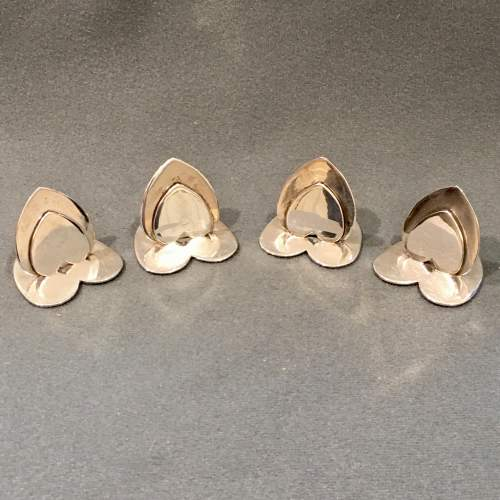 20th Century Matched Set of Four Silver Heart Shaped Menu Holders image-2