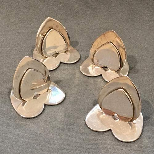 20th Century Matched Set of Four Silver Heart Shaped Menu Holders image-1