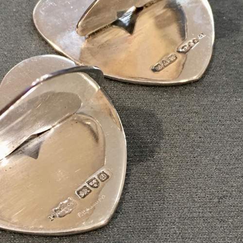 20th Century Matched Set of Four Silver Heart Shaped Menu Holders image-6