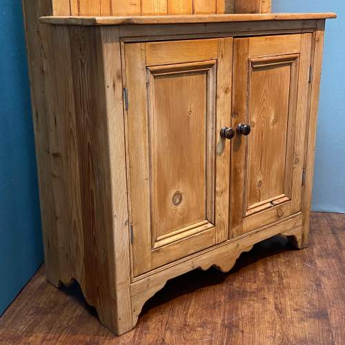 Victorian Small Pine Cottage Dresser image-3