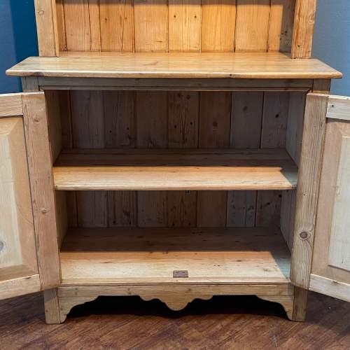 Victorian Small Pine Cottage Dresser image-4