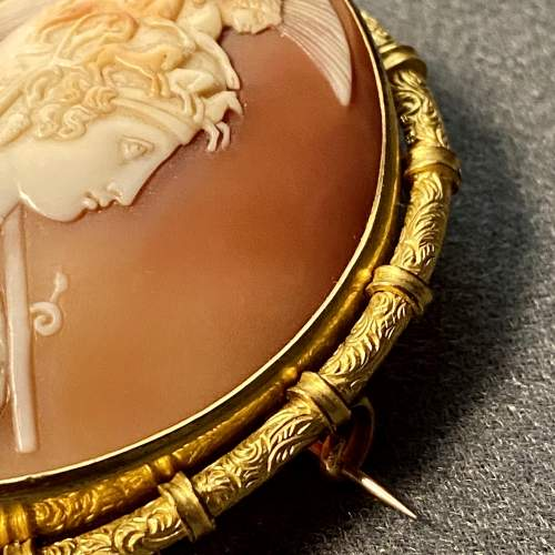 19th Century Shell Cameo Brooch of Athena image-3