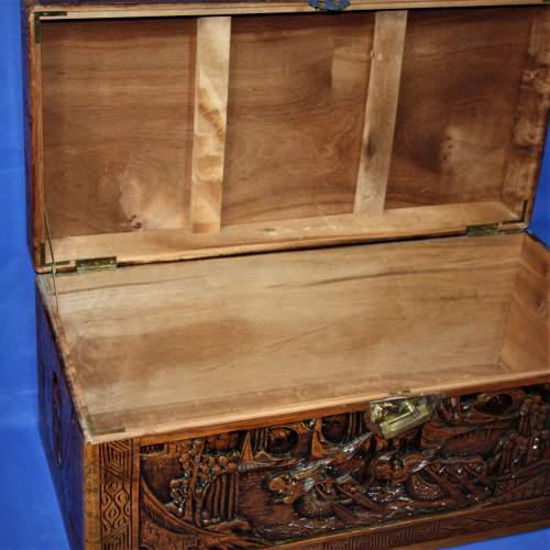 Mid 20th Century Camphor Wood Chest image-3