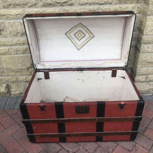 Domed Steel Banded Leather Chest image-3