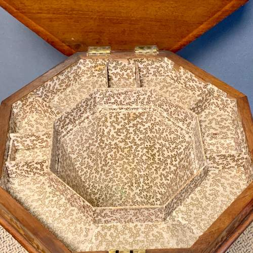 Victorian Walnut Sewing Box with Marquetry Inlay image-5