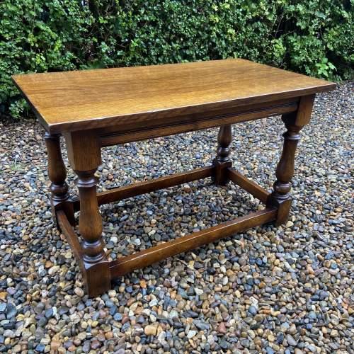 Traditional Oak Coffee Table image-4