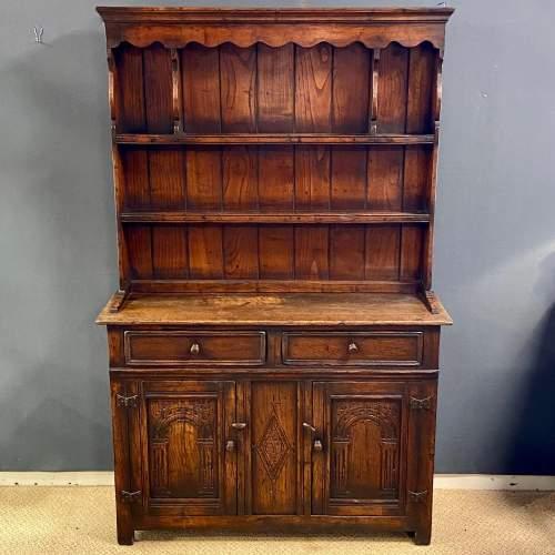 20th Century Oak Dwarf Dresser image-1