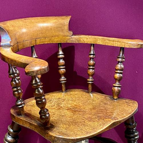 19th Century Ash and Elm Smokers Bow Chair image-4