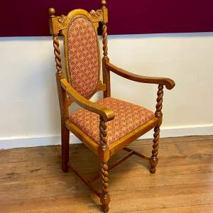 1920s Oak Hall Chair with Barley Twist Details