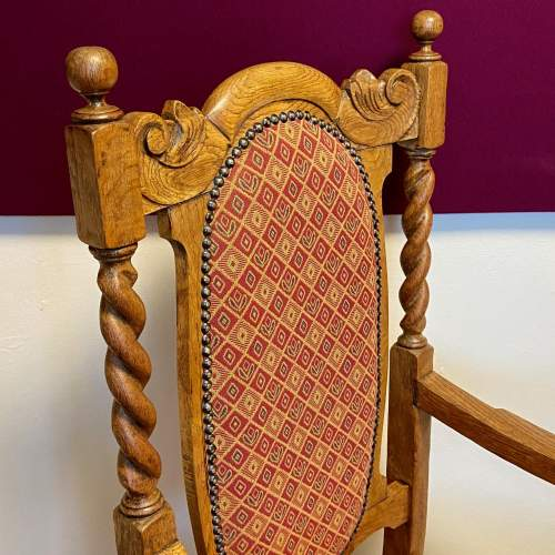 1920s Oak Hall Chair with Barley Twist Details image-2