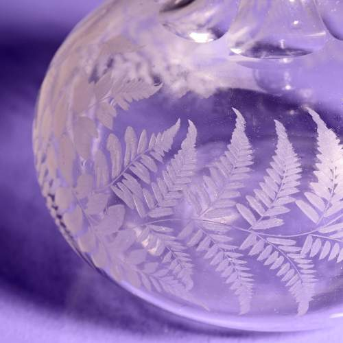 Victorian Fern Etched Glass Port Decanter image-4