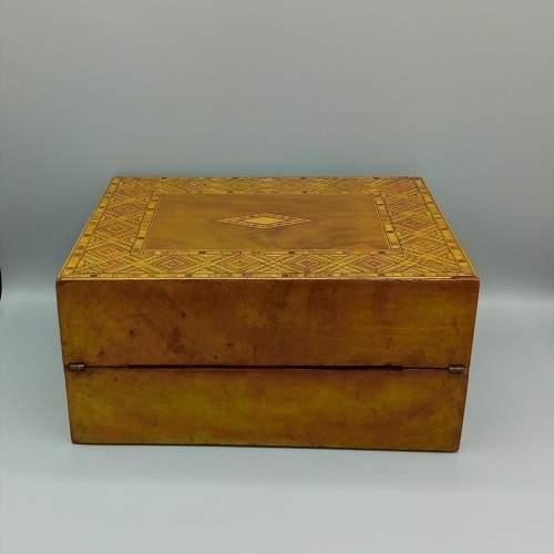 Victorian Walnut Tunbridgeware Inlaid Box image-4