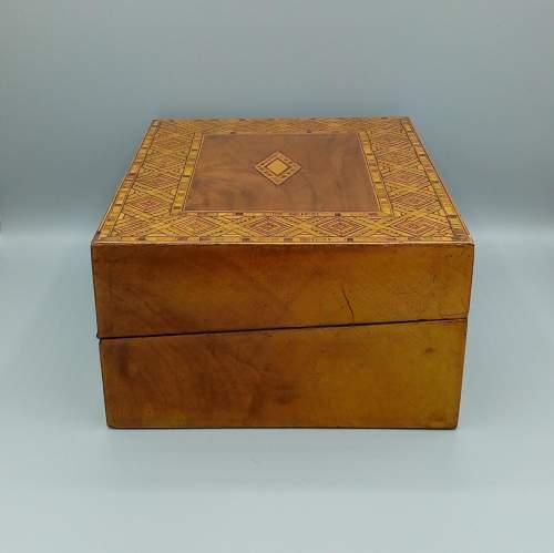 Victorian Walnut Tunbridgeware Inlaid Box image-5