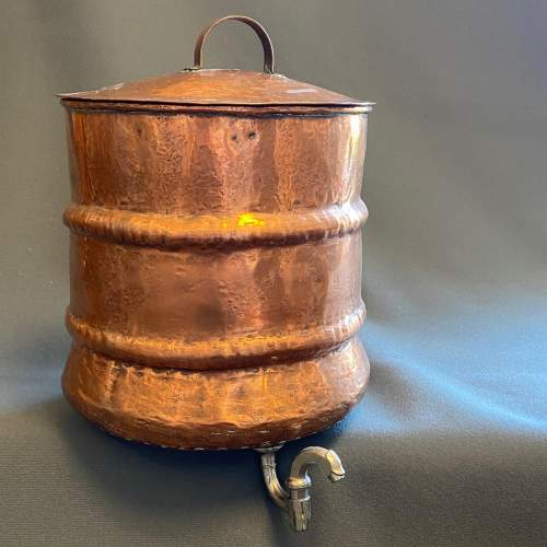 1930s French Copper Water Container and Basin image-2