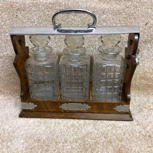 Late Victorian Oak Three Bottle Tantalus image-2