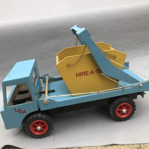 Hand Built Wooden Skip Lorry image-3