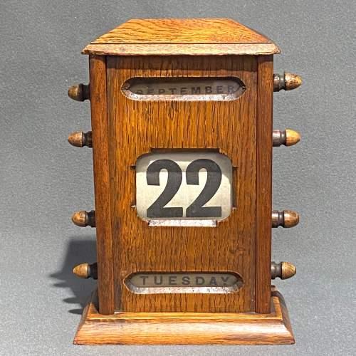 Victorian Oak Perpetual Calendar image-3